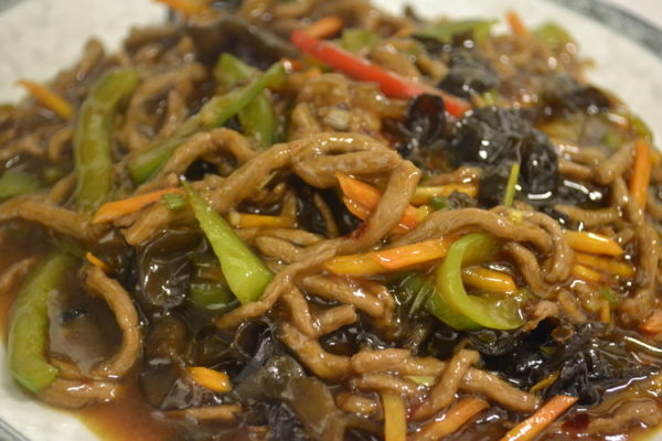 Spicy, sour-sweet beef with vegetables