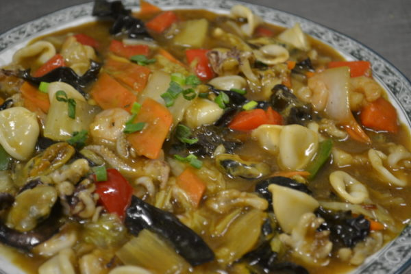 Seafood with vegetables in soy sauce