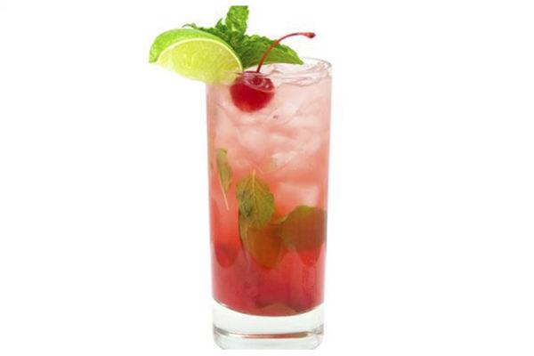 """Cocktail """"WILD CHERRY"""""""